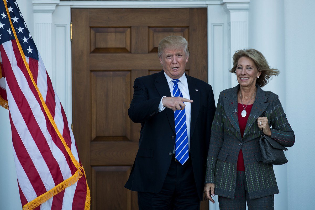 betsy-devos-and-donald-trump