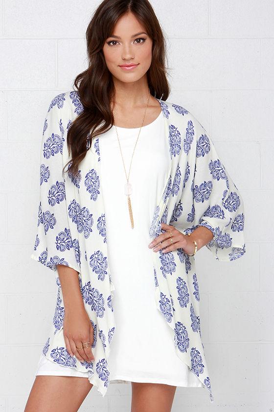 O'Neill Joni Blue & Ivory Print Kimono Top $52 on Lulus.com