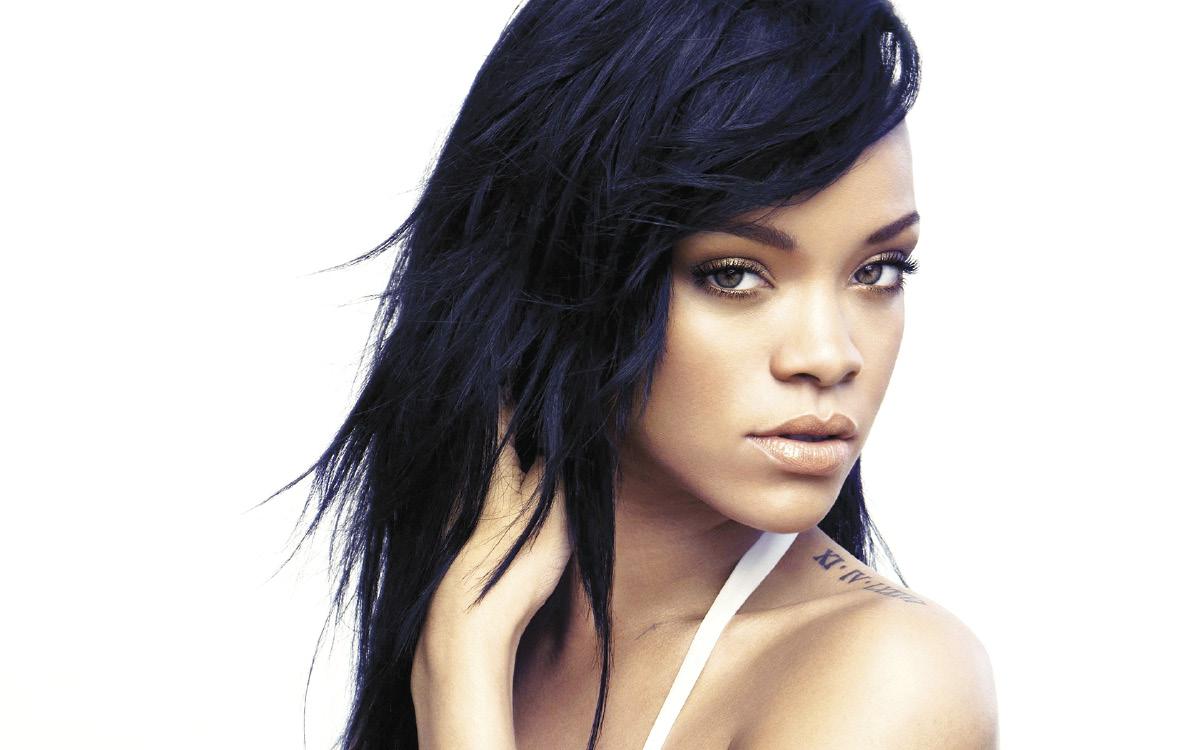 Rihanna - 1_opt