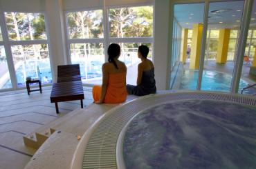 The spa & relaxation zone even features an indoor pool with heated sea water