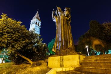 In Split, when you visit Meštrović's large statue of Grgur Ninski, a Croatian bishop, don't forget to rub its toe and make a wish - it's the tradition around here