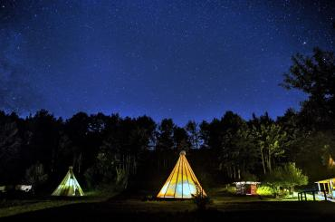 Even if you sleep in a cosy cabin or a tipi, you'll still feel like you're sleeping under the stars
