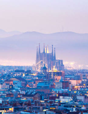 Best time to visit Barcelona
