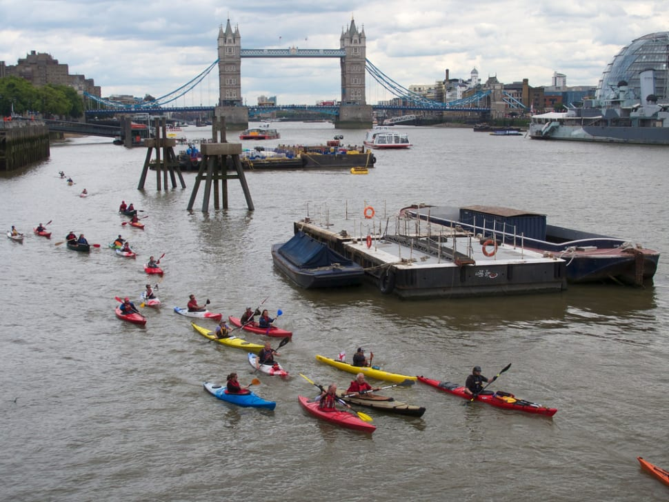 Paddling on the Thames in London - Best Time