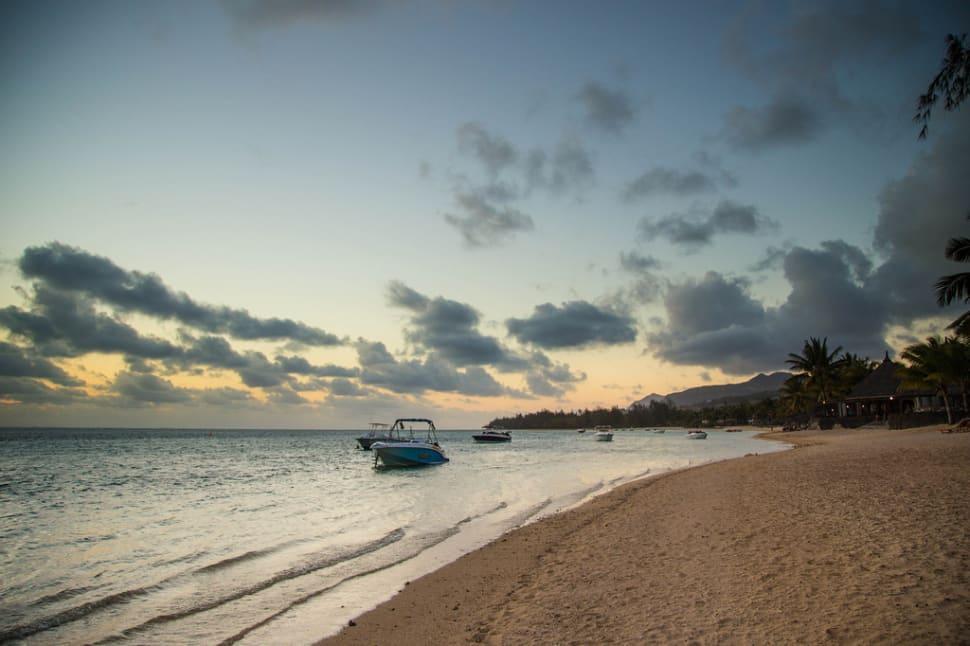 Beach Season in Mauritius - Best Season