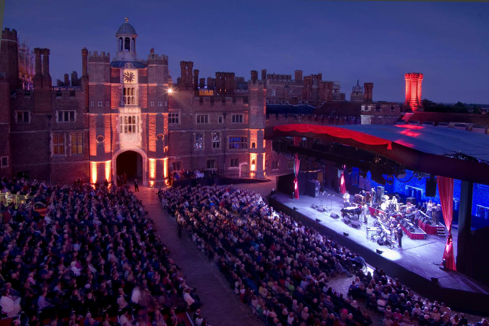 Hampton Court Palace Festival in London - Best Time