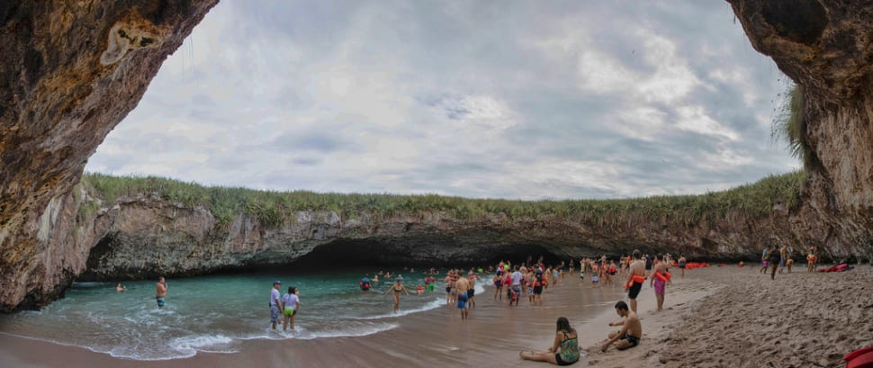 Best time to see The Hidden Beach (Playa Del Amor) in Mexico