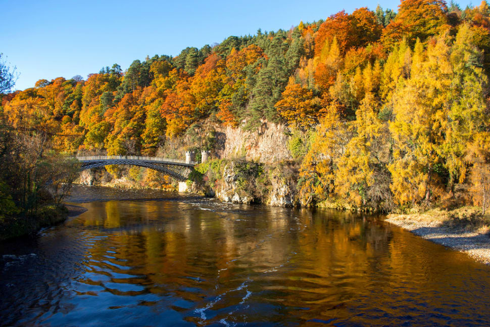 Craigellachie Bridge across the River Spey at Craigellachie, in the vicinity of to Aberlour village in Scotland