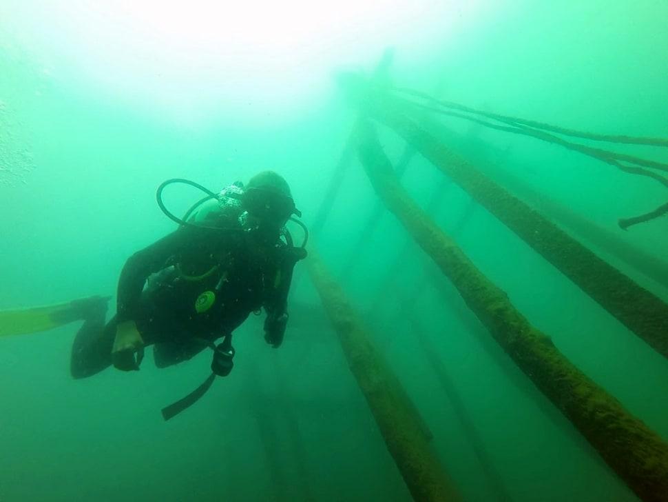 Scuba diving in Lake Atitlan