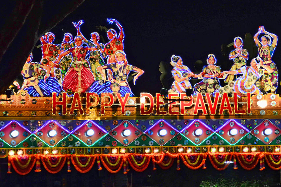 Deepavali: The Festival of Lights in Singapore - Best Time