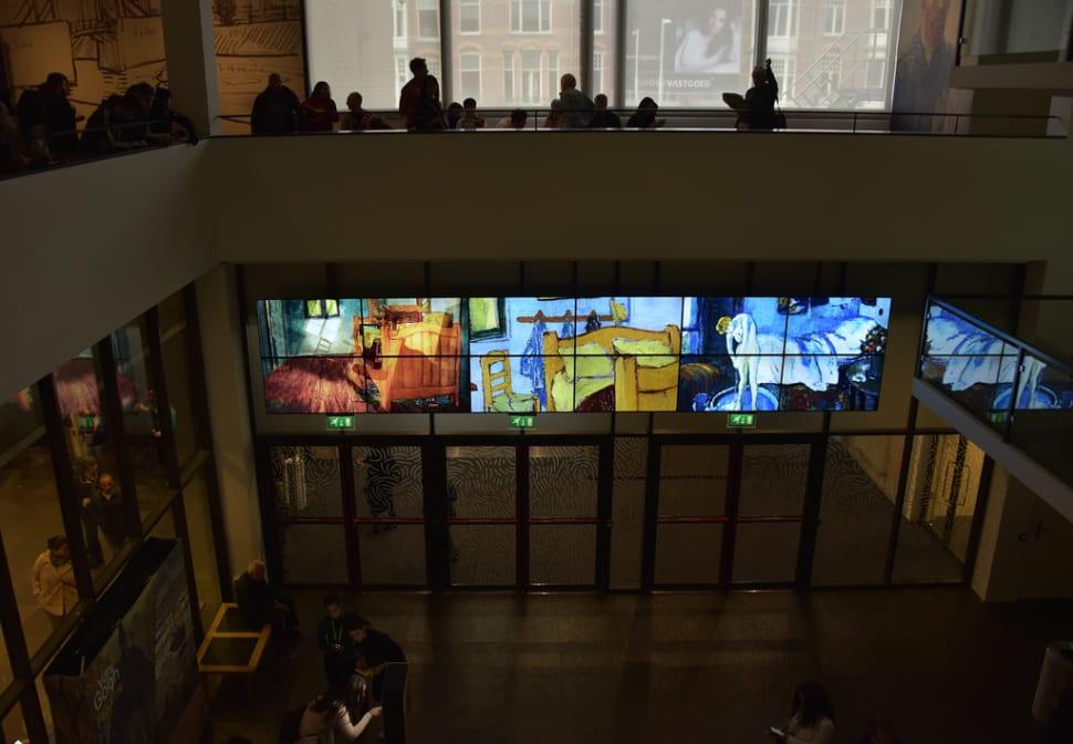 Best time to see Van Gogh Museum in Amsterdam