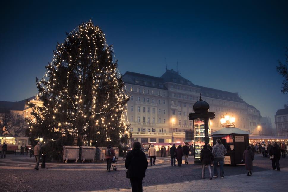 Bratislava Christmas Market (Vianočné Trhy) in Slovakia - Best Time