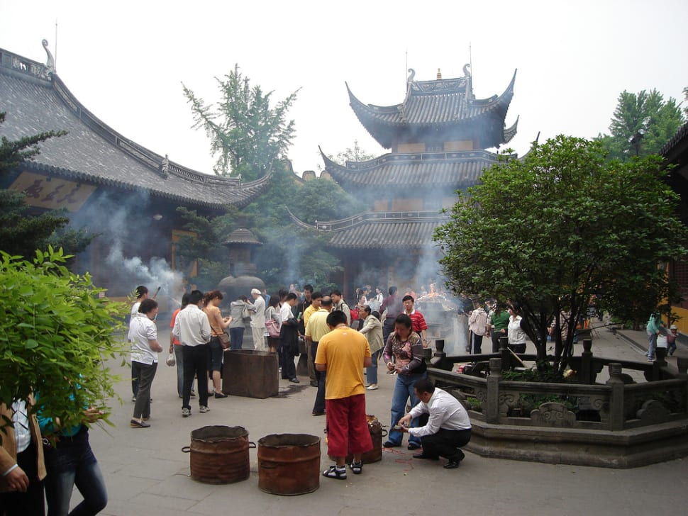 Longhua Temple Fair in Shanghai - Best Time
