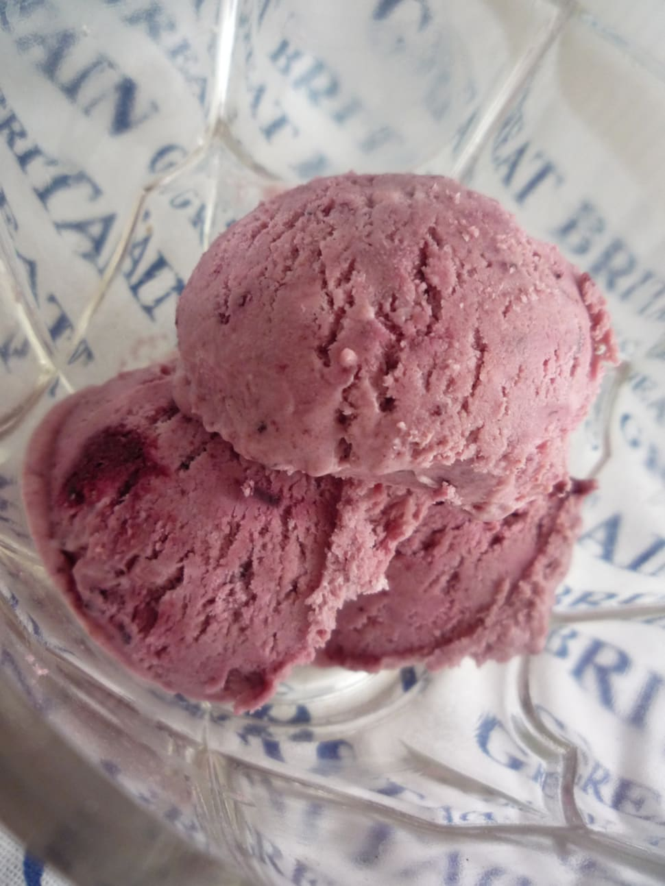 Damson ice cream