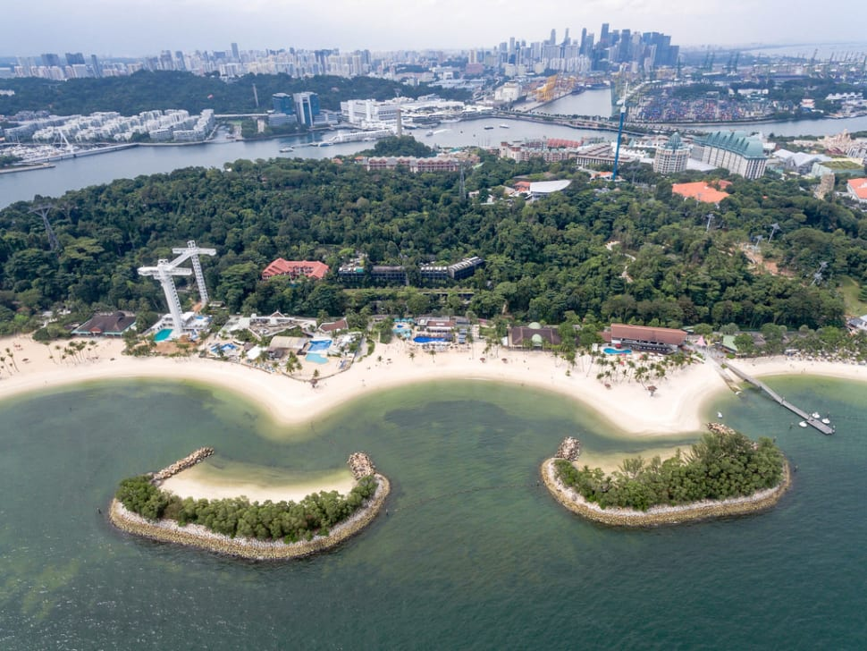 Southwest Monsoon or Dry Season (Summer) in Singapore - Best Season