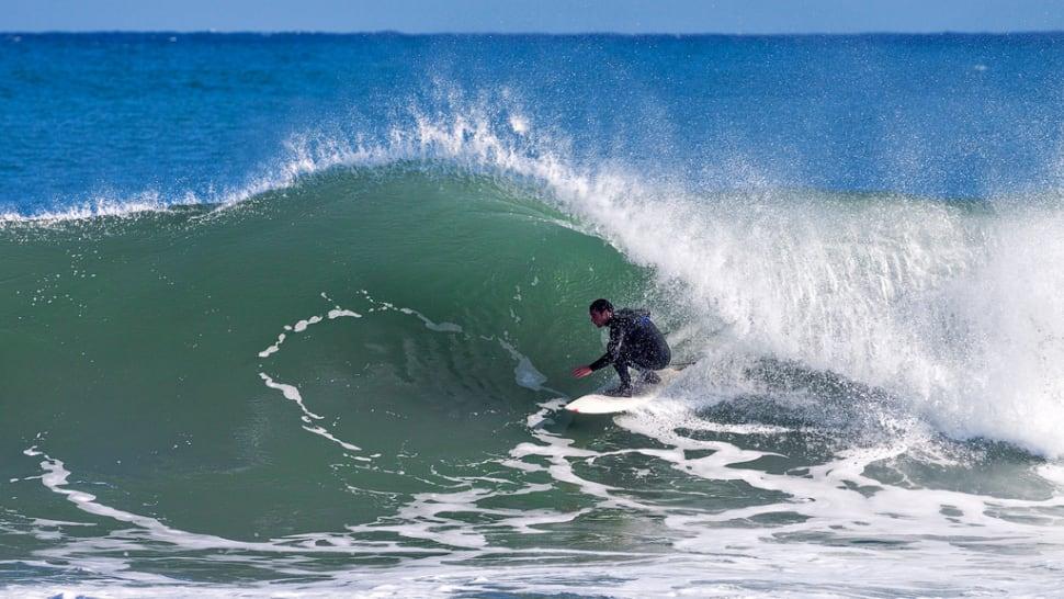 Surfing in New Zealand - Best Season