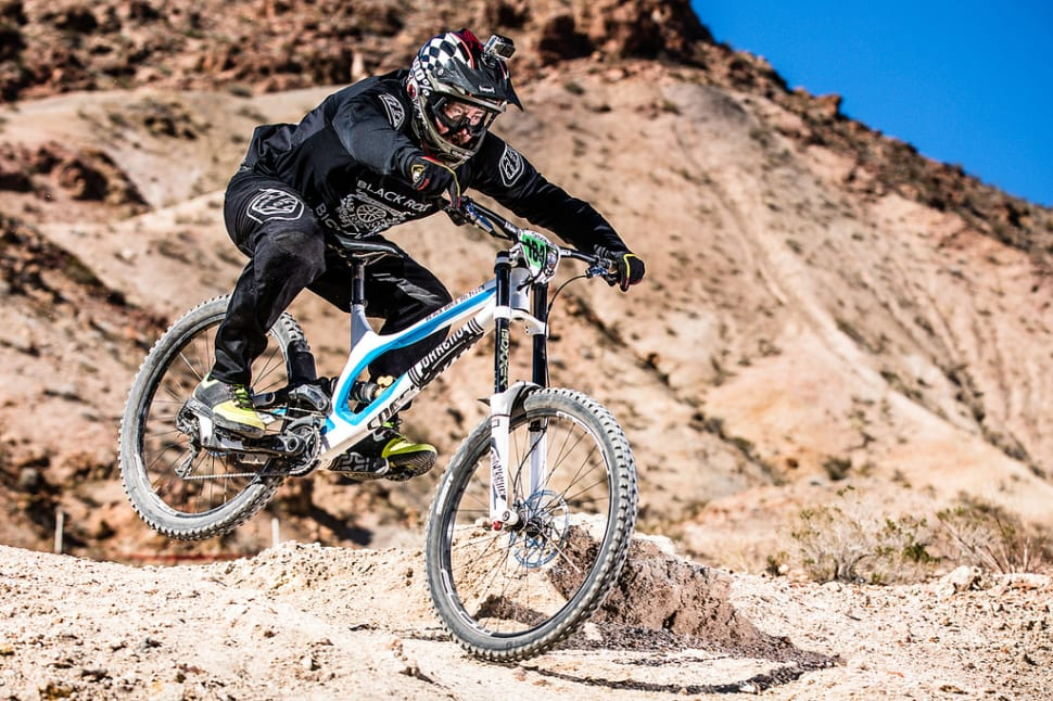 Mountain Biking around Lake Mead in Nevada - Best Time