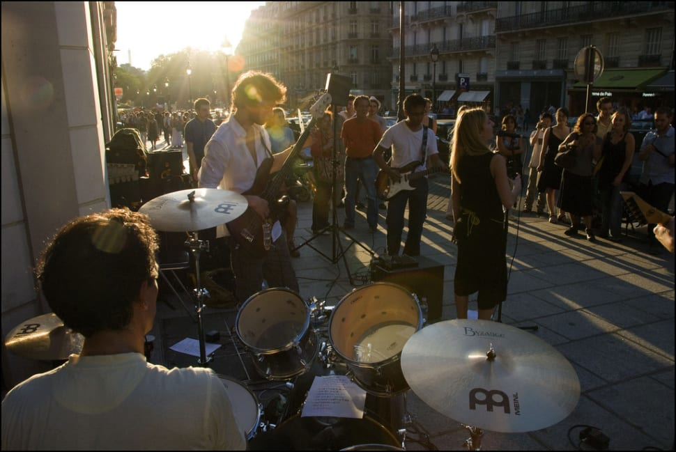 Best time to see Fête de la Musique in Paris