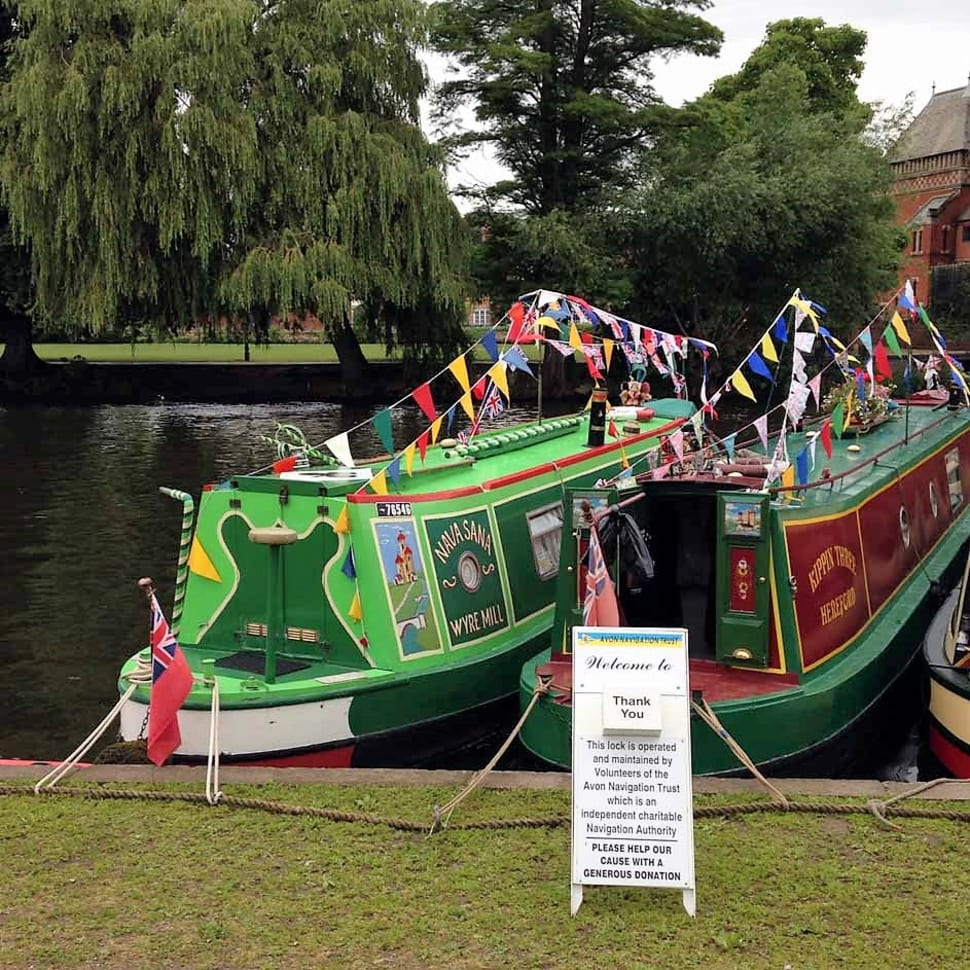 Best time to see Stratford River Festival  in England