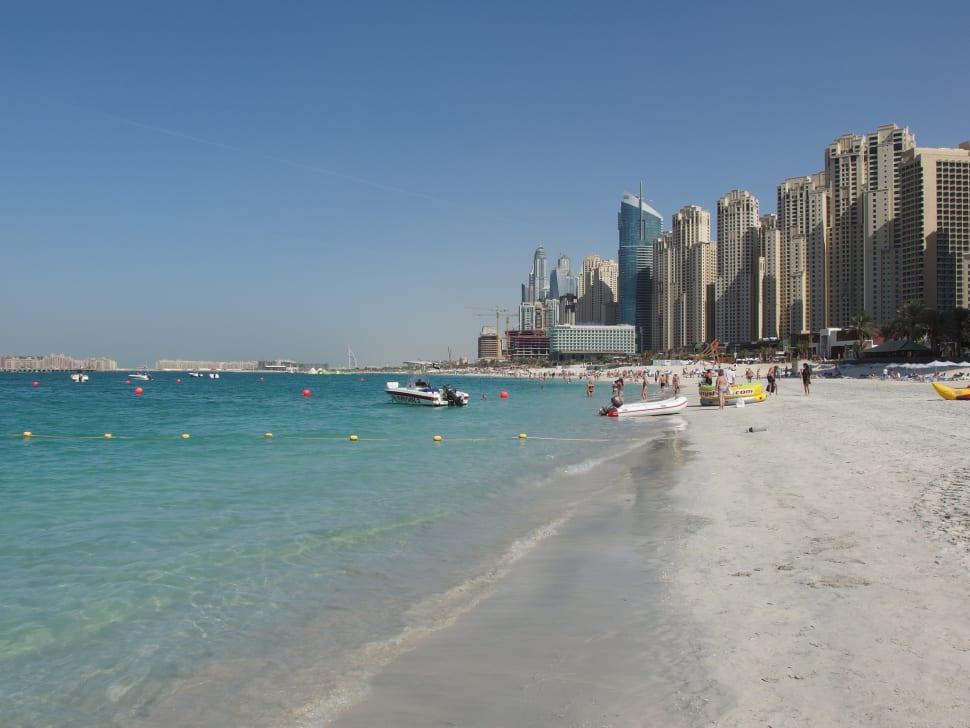 Beach Season in Dubai - Best Season