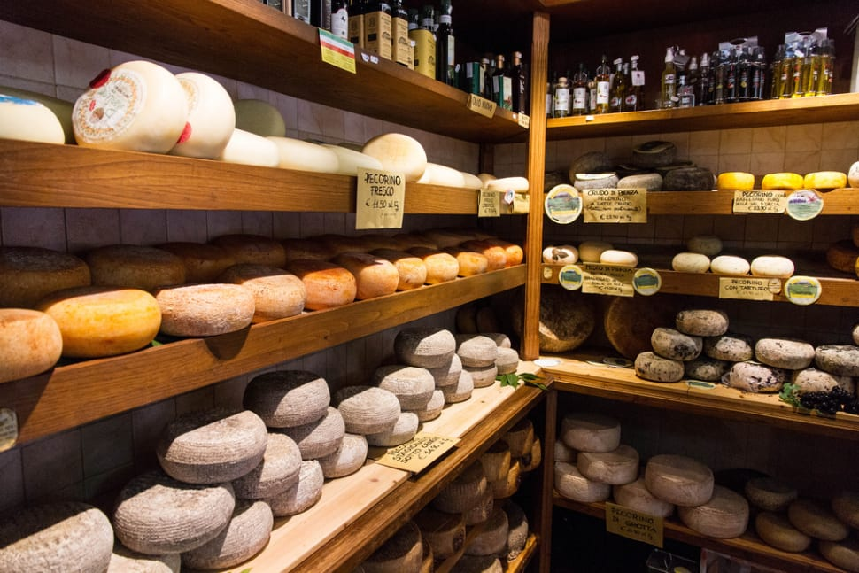 Sienese Pecorino in Florence - Best Season