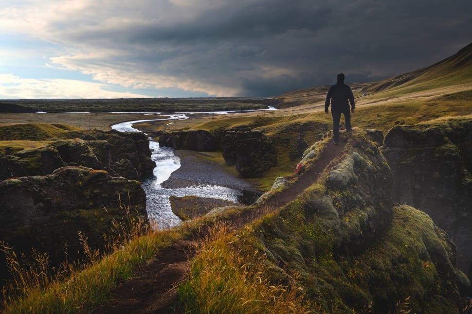 Progressive Near Me >> Best Time to See Fjaðrárgljúfur Canyon in Iceland 2018 - Rove.me