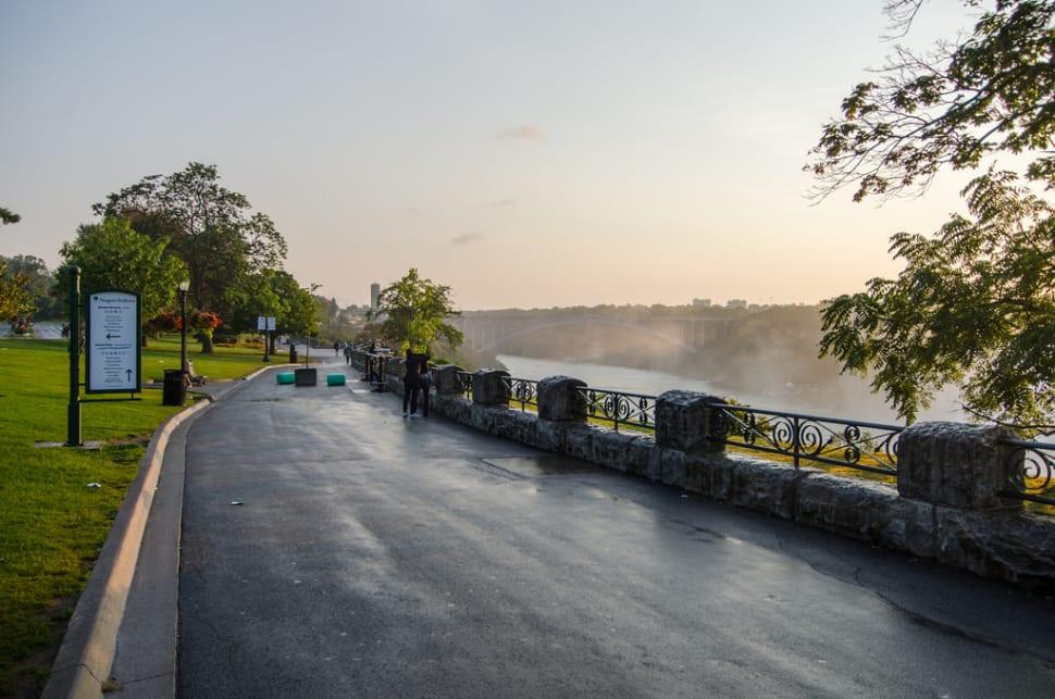 Queen Victoria Park in Niagara Falls - Best Time