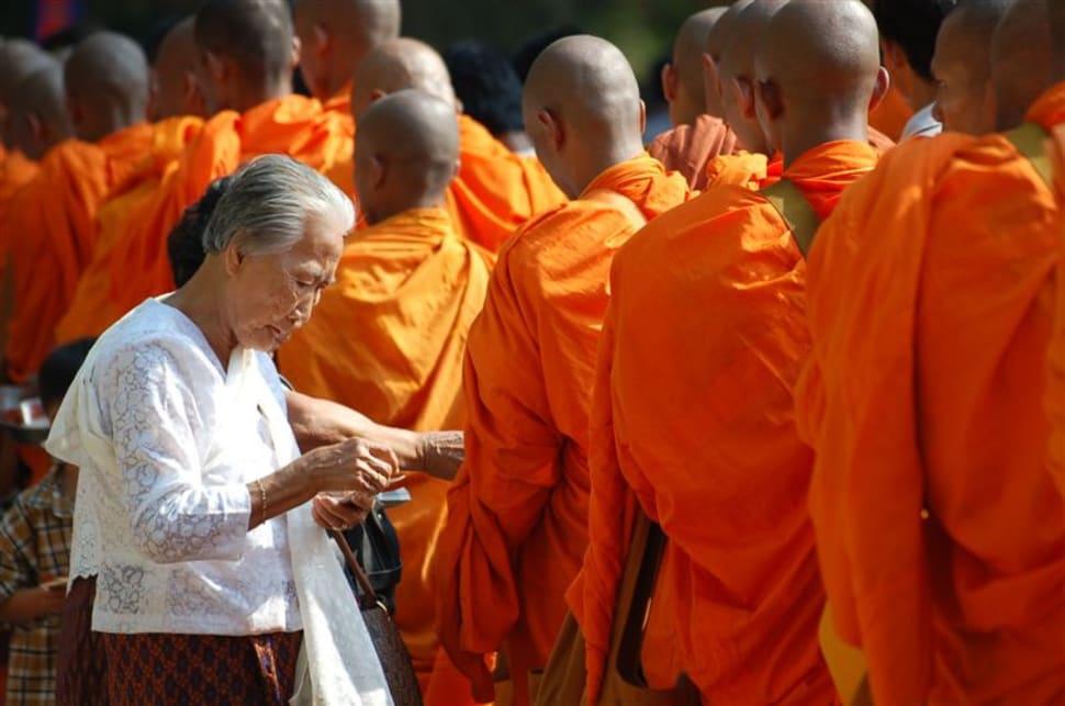 Visak Bochea Day in Cambodia - Best Time