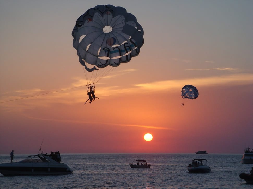 Hd Wallpaper Nice Sunset Screenshot My Buddy Took Of Me: Best Time For Take Off Ibiza With Parasailing 2018