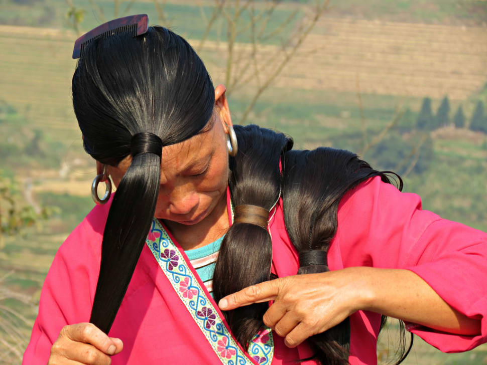 Long Hair Village in China - Best Time