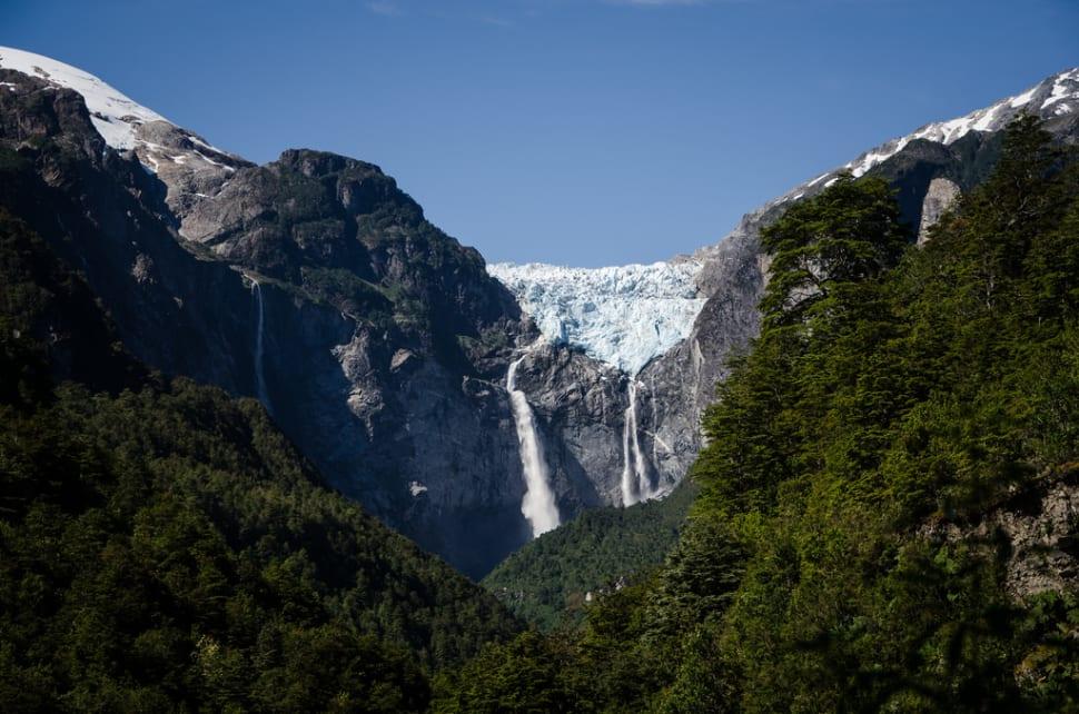 Cascada de Ventisquero Colgante in Chile - Best Time