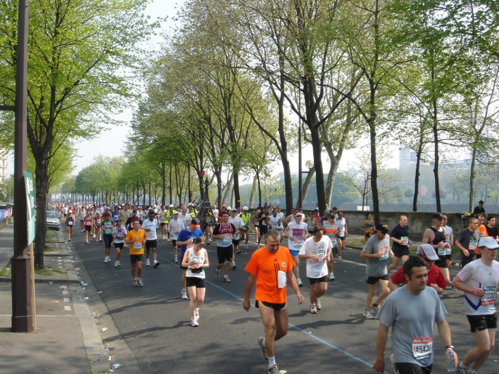 Best time to see Marathon de Paris in Paris