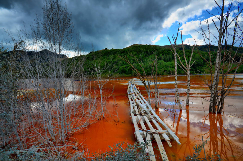 Geamăna Village Drowned in Copper Lake in Romania - Best Time