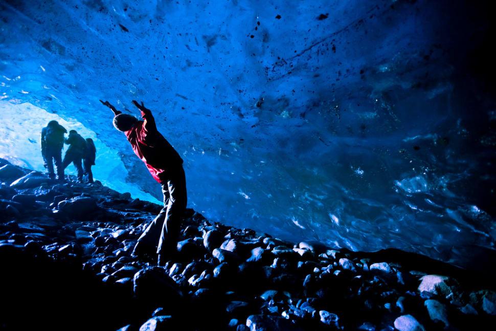 Root glacier ice cave
