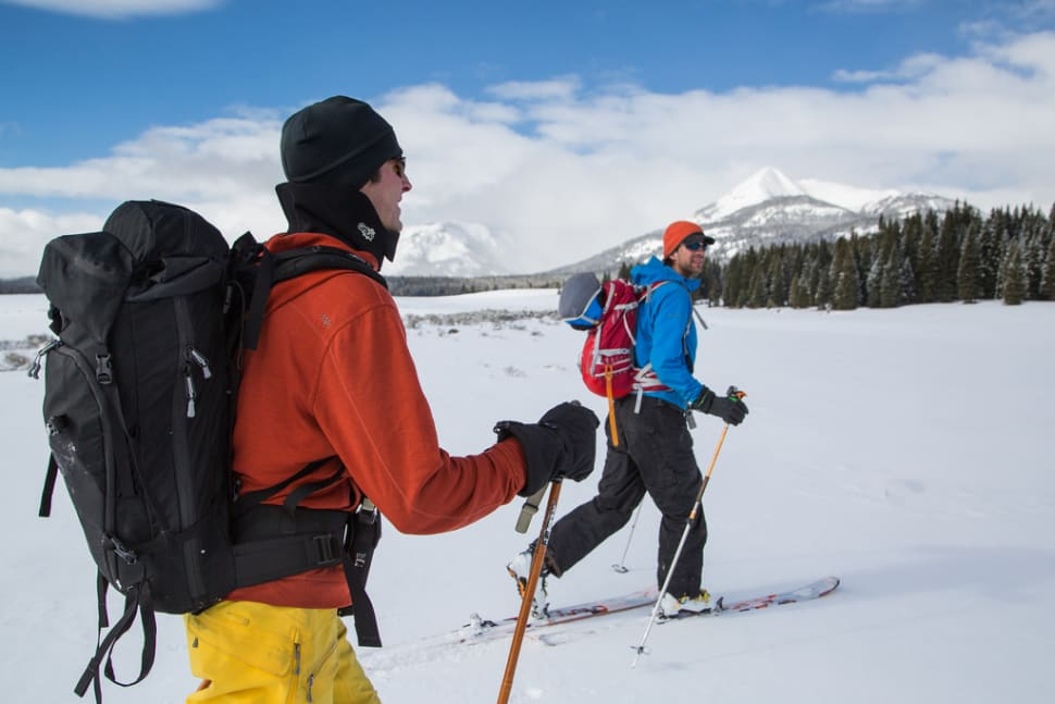 Best time to see Cross-Country Skiing and Snowshoeing in Yellowstone National Park