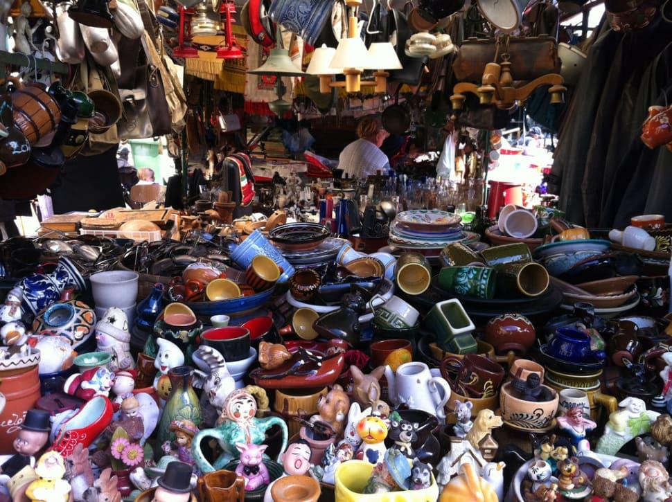 Flea Markets in Hungary - Best Season