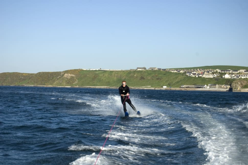 Water Skiing and Wakeboarding in Scotland - Best Season