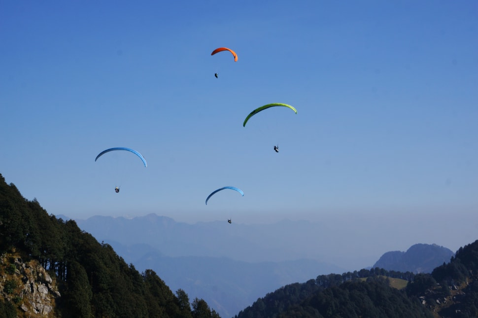 Paragliding in India - Best Time