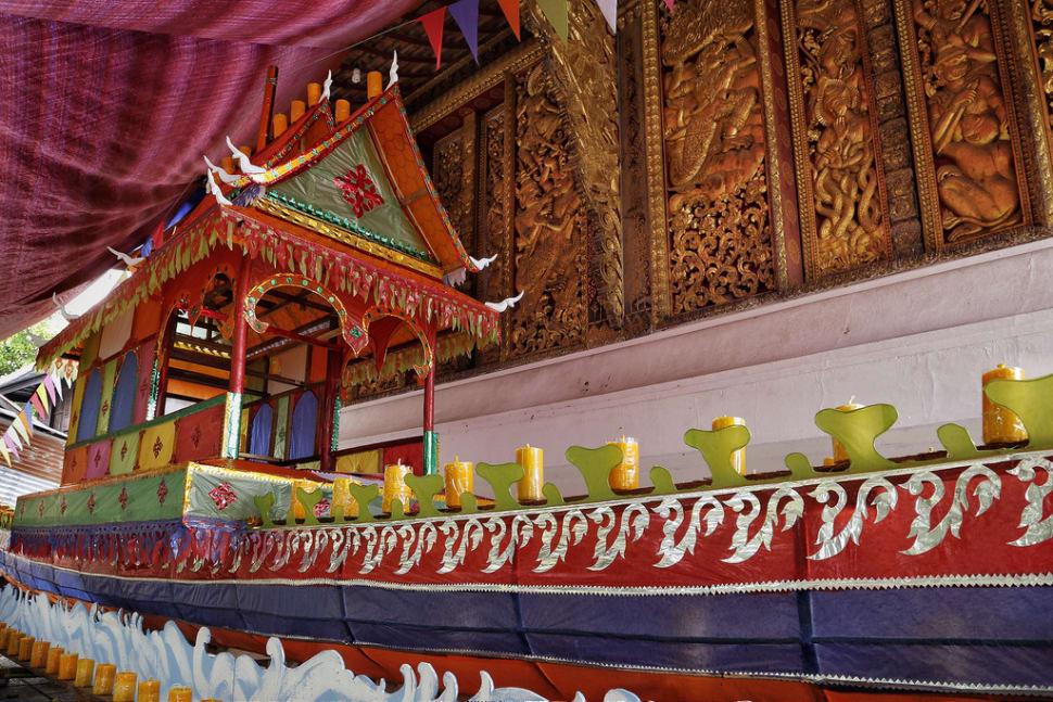 Boun Awk Phansa or the End of Buddhist Lent in Laos - Best Season