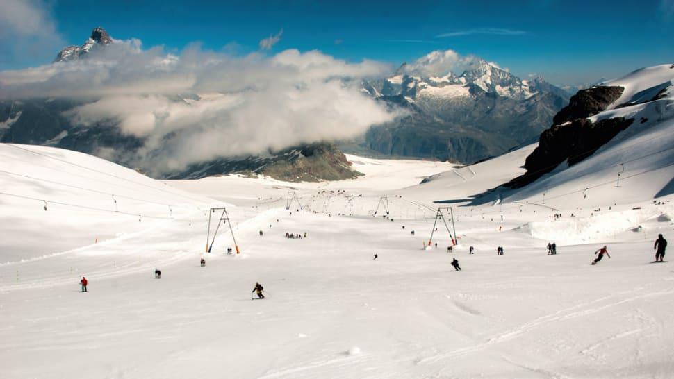 Summer Skiing in Switzerland - Best Time