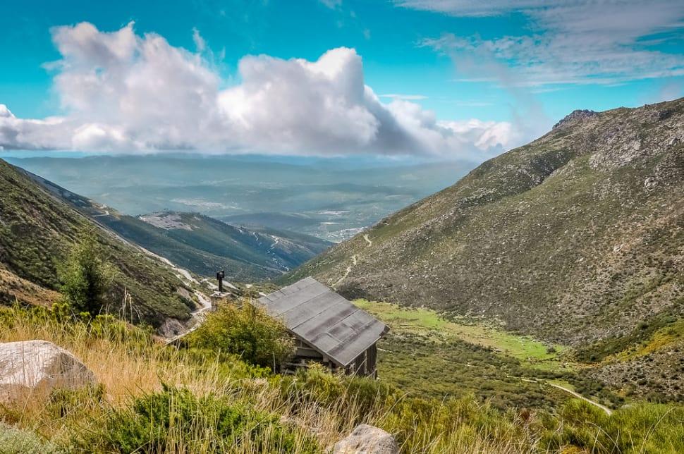 Best time for Hiking in Parque Natural da Serra da Estrela in Portugal