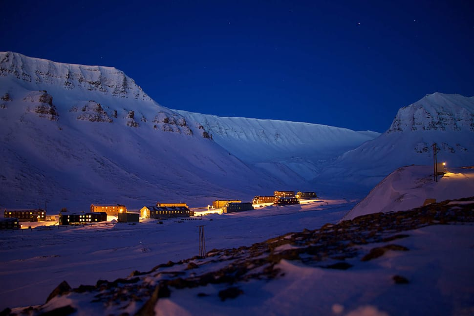 Polar Night in Svalbard - Best Time