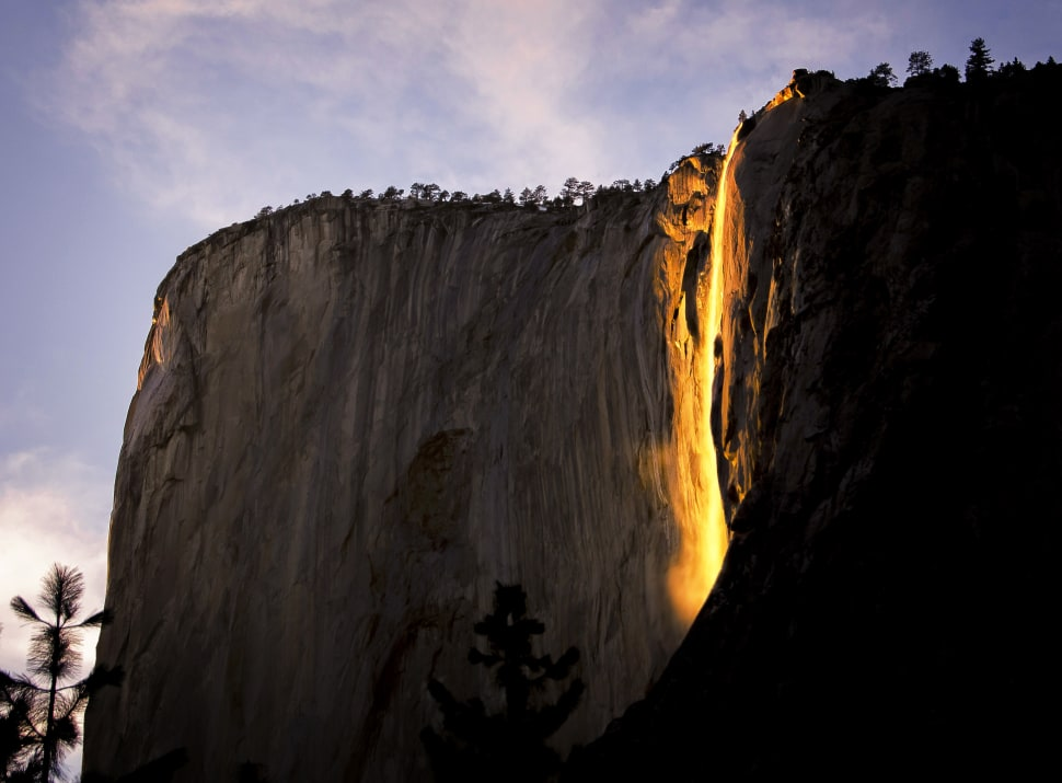 Horsetail Fall or Firefall in Yosemite - Best Time