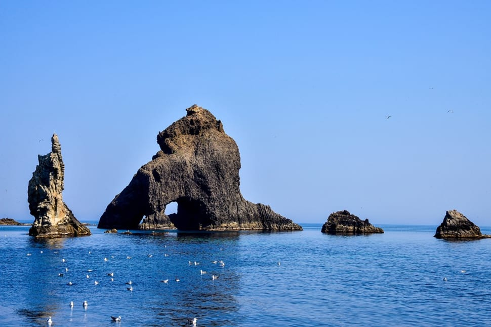 Best time to see Liancourt Rocks (Dokdo) in South Korea