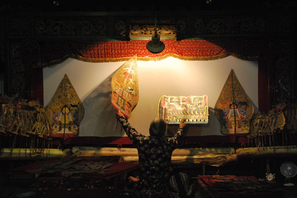 Wayang Kulit Puppet Theatre in Indonesia - Best Season
