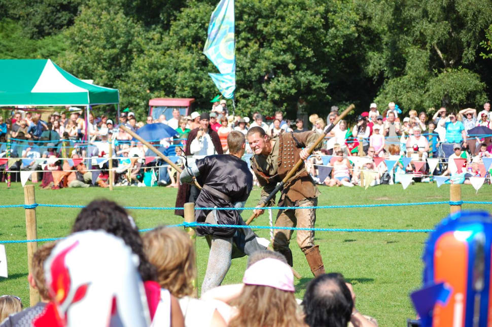 Best time to see Robin Hood Festival  in England