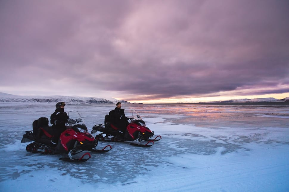 Snowmobiling  in Svalbard - Best Season