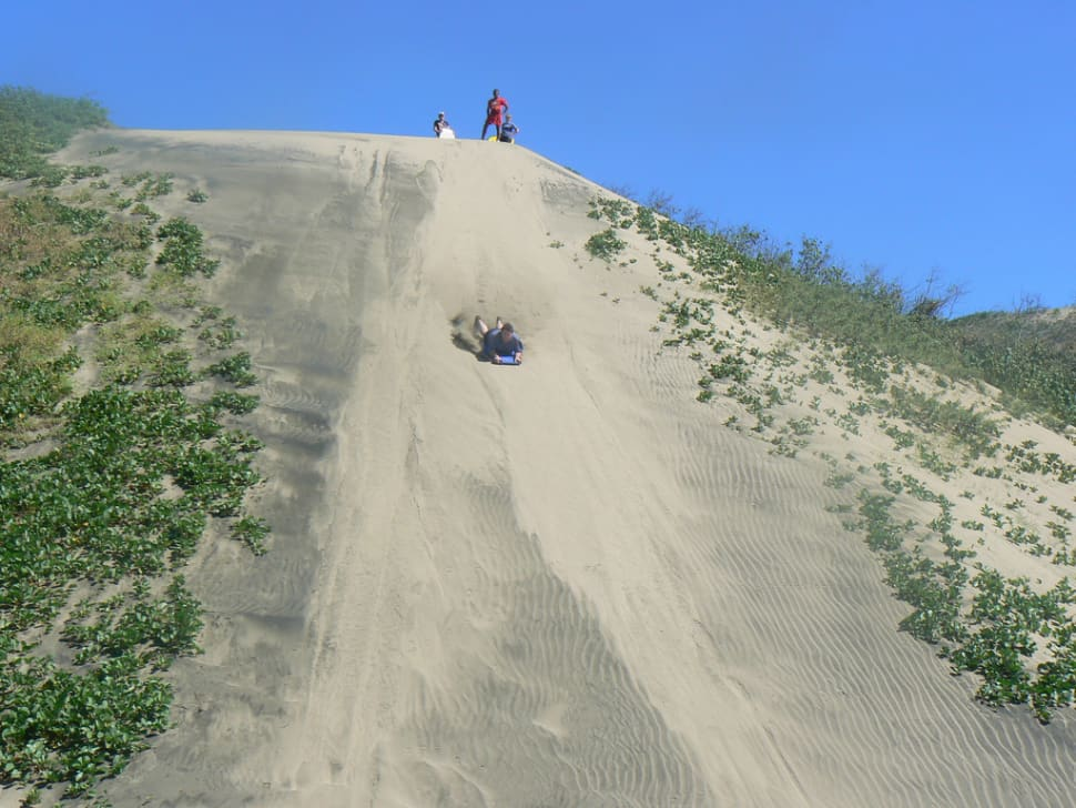 Sandboarding in Sigatoka in Fiji - Best Time
