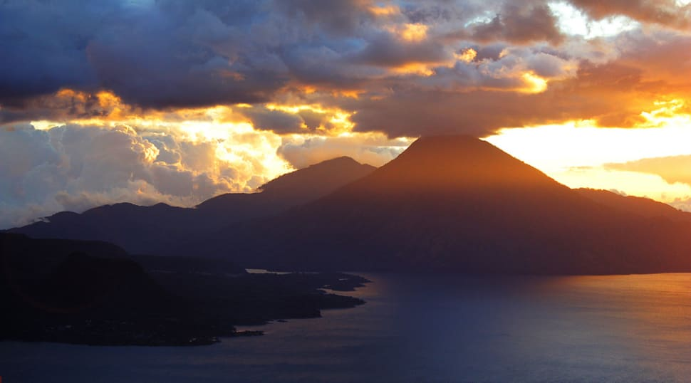 Best time for Lake Atitlán in Guatemala