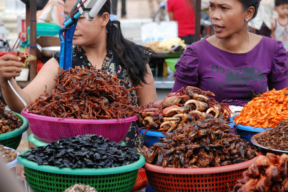 Food market in Phnom Penh